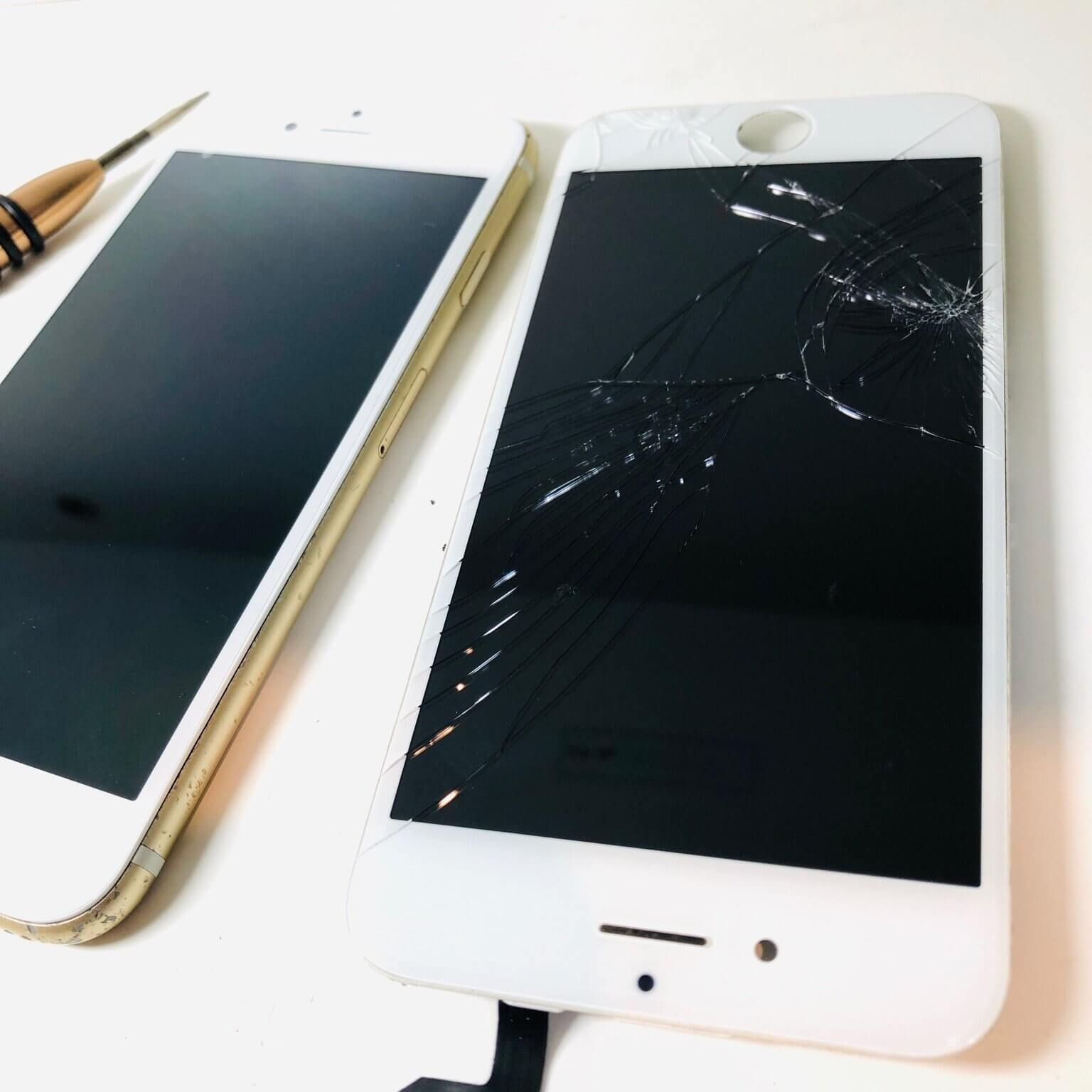 上越店 iPhone6S フロントパネル交換